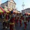 I Siciliani colorano e animano la città degli amaretti