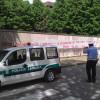 """Gigantesca scritta al Matteotti: i """"disoccupati"""" sono polemici con il Comune"""