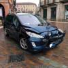 Scontro fra auto in via Ramazzotti: donna ferita