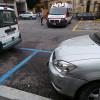 Perde il controllo e finisce contro un muro: don Angelo vittima di un malore in auto