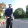 Agenti di polizia locale in servizio con lo spray al peperoncino