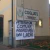 Allarme ladri, striscioni per strada a Cogliate