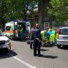 Inversione in via Milano: scontro tra auto e moto