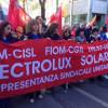 Electrolux: solidarietà rinnovata fino al maggio 2018, ma gli stipendi calano