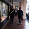 Esce a fare una passeggiata e… mobilita i carabinieri