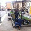 Arrivano gli archetti per proteggere la fontana… ancora attesa per i nuovi getti