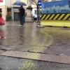 Pioggia sulle strisce appena rifatte: via Giuditta Pasta diventa gialla