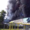 Incendio Marnate, colonna di fumo: videogallery