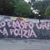 Telos: maxi graffito contro il Daspo urbano e la polizia