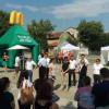 McDonald's a caccia di personale. In piazza a Gerenzano.