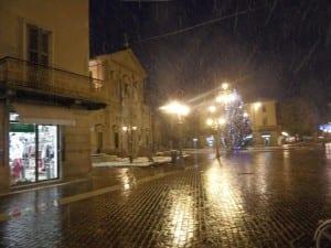 chiesa san pietro e paolo saronno sotto la neve