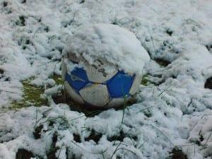 calcio fermo per la neve