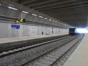 saronno sud stazione sotterranea binari treno (1)