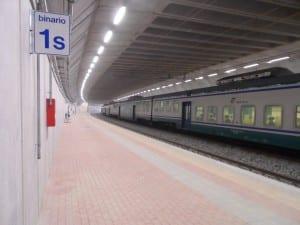 saronno sud stazione sotterranea binari treno (3)