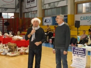 mario busnelli alla tombolata gap saronno point (5)
