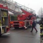incedio villetta pompieri carabinieri (2)