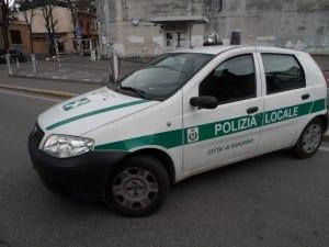 polizia locale vigili urbani vvu auto (5)