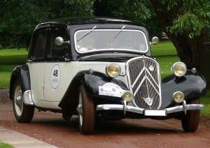 800px-Citroën_11_CV_Legère_vr