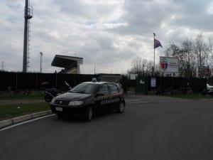 polizia carabinieri stadio caronnese (3)