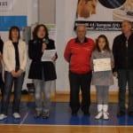25052013 Festa Sport Amici Matteotti Elio Reina premia Alessandra Severino