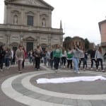31052013 flashmob saronno sicurezza stradale (10)