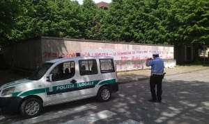 controllo vigili urbani scritta contro comune matteotti