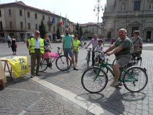 22062013 biciclettata fiab mercato (1)