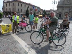 22062013 biciclettata fiab mercato (3)
