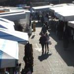 piazza del mercato piazza mercanti bancarelle (1)