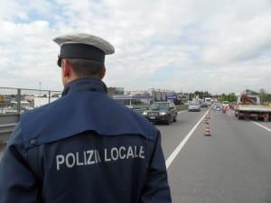 polizia locale viale lombardia vvu vigili (1)