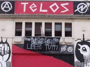 striscione telos solidarietù+