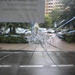 29072013 vandalismi sede socialisti (4)