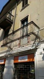 crollo balcone piazza libertà saronno