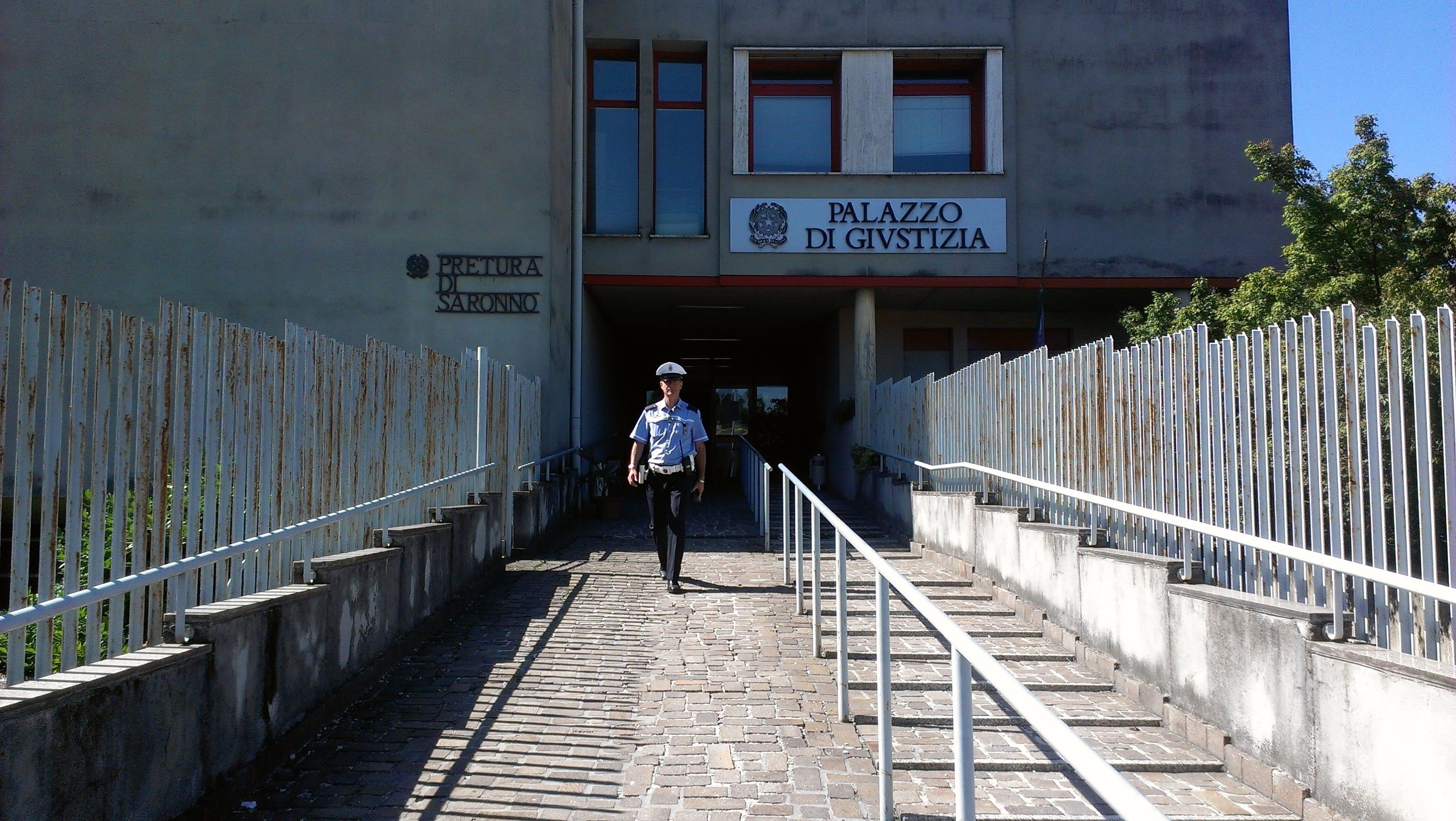 tribunale  esterno(15)
