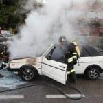 21102013 – auto in fiamme solaro vvf saronno (5)