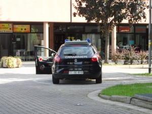 carabinieri pattuglia via Ferrari (1)