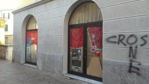 07122013 spaccata via Monti (2)