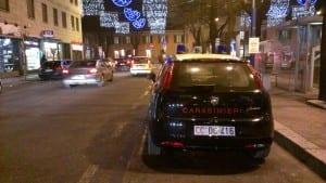 cc carabinieri notte luci natale stazione