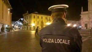 polizia locale piazza libertà luci natale
