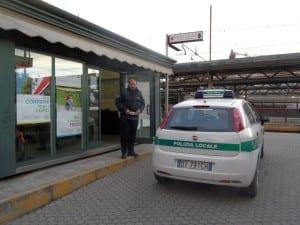 presidio polizia locale stazione binario comune