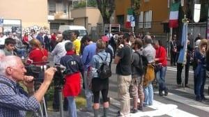 250402014 tensioni in piazza 25  aprile saronno (11)