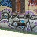 13062014 scritte ex macello blitz (1)