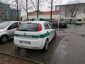polizia locale saronno posteggio tribunale piazza tricolore (1)