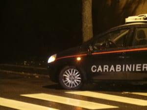 carabinieri notte pioggia strisce pedonali (2)