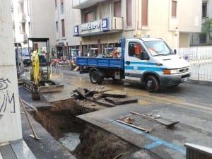 08112014 fuga gas via bossi (4)