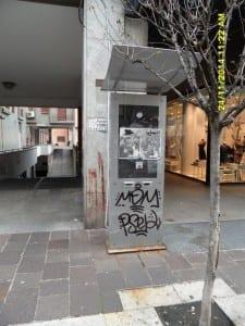 27012015 totem vandalizzati spenti (2)