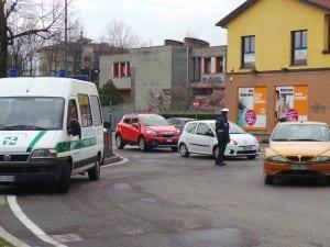 polizia locale rotonda via novara via varese (2)