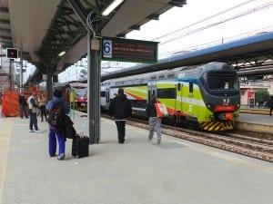 stazione treno saronno binari banchina (2)