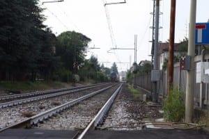 27052015 travolto treno tradate abbiate guazzone passaggio a livello (6)