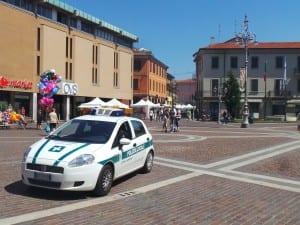 polizia locale piazza libertà (1)